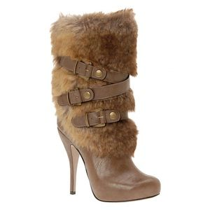 Like New Stiletto Faux Fur Boot